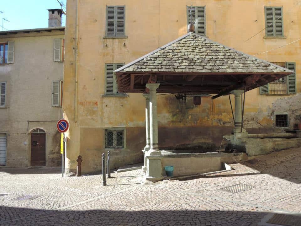 Valtellina turismo mobile le antiche fontane di grosotto for Fontane antiche